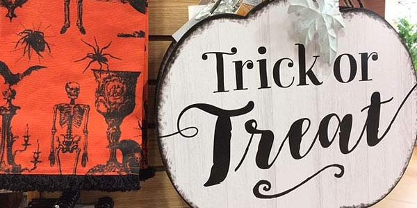 Boo Trick or Treat signs