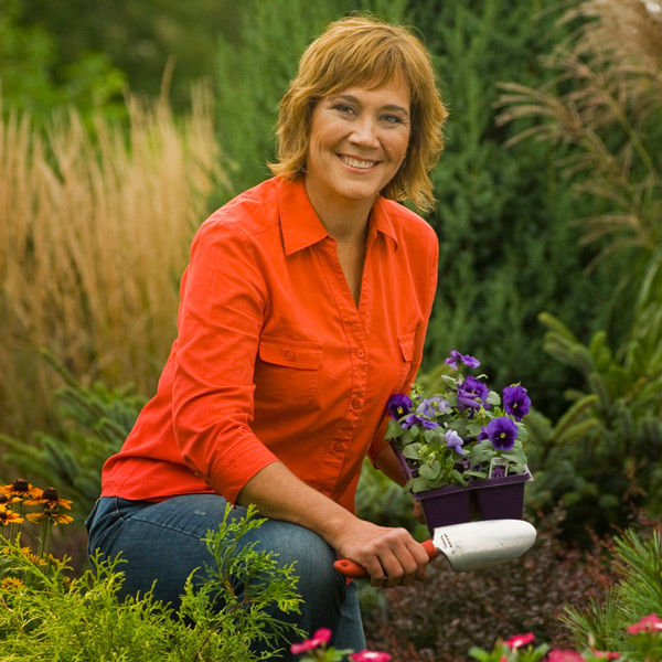 Melinda's Garden How-To: Summer Facelift for Your Landscape